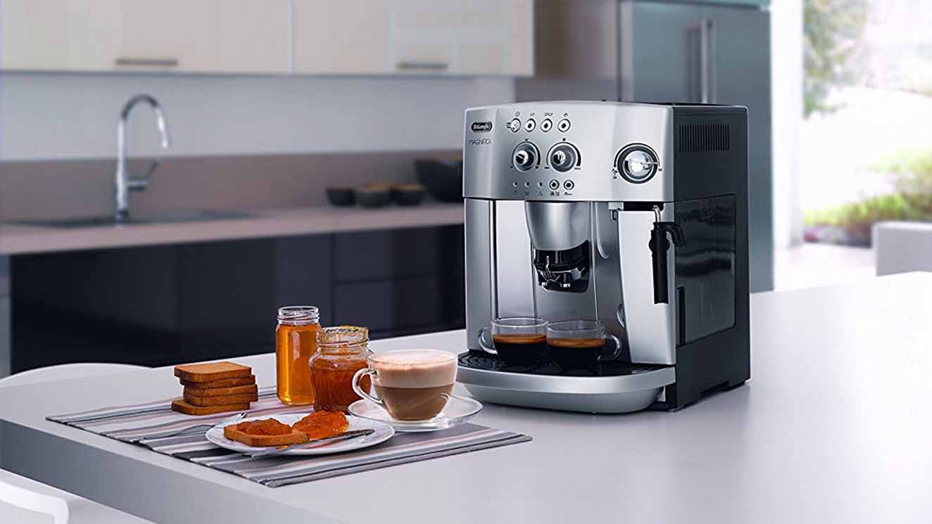 De Longhi Magnifica ESAM4200 bean-to-cup coffee machine review - Best Coffee Machines